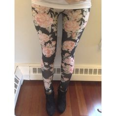 Host Pick BDG leggings from urban outfitter Only wore it once and it's still in good condition! Urban Outfitters Pants Leggings