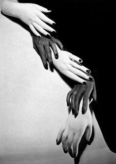 Horst P. Horst: Hands