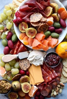 DIY Gluten & Dairy Free Holiday Charcuterie Platter (with vegan options!) | Nutrition in the Kitch | Delicious Gluten Free Dairy Free Recipes