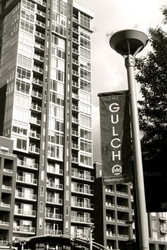 The Gulch, one of Nashville's popular neighborhoods features unique boutiques, delicious restaurants, wine bars, and a craft beer bar