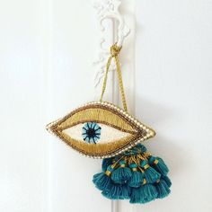 Our beaded eye ornaments can easily stay out all year long! Diy And Crafts, Arts And Crafts, Fru Fru, Evil Eye Jewelry, Greek Art, Evil Eye Charm, Bijoux Diy, Hamsa Hand, Hand Embroidery