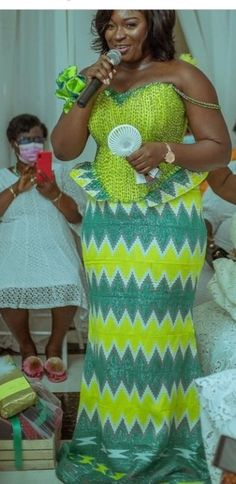 Brides, Shoulder Dress, Gowns, Traditional, Engagement, Dresses, Fashion, Vestidos, Vestidos