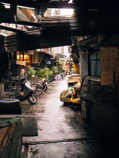 A Taipei Alley