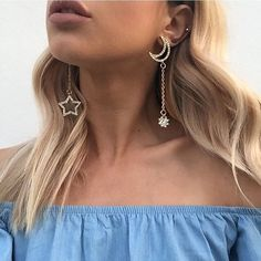 Sundays are for sleep ins and dreaming of these 'Celestial' earrings as worn by the beautiful @jessmariedel  link in our bio #fashionbackroom #perth #onlineshopping #perthshopping . . . . . . #style #fashion #onlineshopping #fashionblogger #ootd #expressdelivery #sydneyfashionblogger #melbournefashionblogger #modellife #luxe #outfitgoals