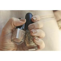 Love the sparkles with nude color polish