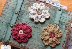 Risultati immagini per collane con cuoricini uncinetto e perline