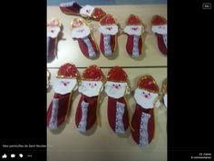 Brico Christmas Stockings, Christmas Ornaments, Winter Kids, Kindergarten, Diy For Kids, Diy And Crafts, Saints, Preschool, Holiday Decor