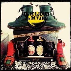 Dr Martens 1460 Vintage Made in England - Photo issue du Groupe Dr Martens 1 jour Dr Martens toujours : https://www.facebook.com/groups/drmartensforever #drmartenstoujours #drmartenstoujours #drmartens #drmartenstyle #docmartens #drmartensoriginal #patrickday #stpatricks #tartan #biere #beer #coffret #1460 #drmartens1460 #madeinengland #MIE #vintage #drmartensvintage #drmartensmadeinengland #drmartensmie