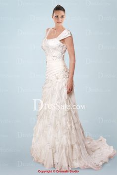 Absorbing A-line Wedding Dress featuring Floral Design and Cascading Ruffles