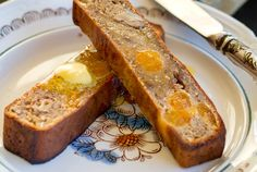 'I Can't Believe It's Paleo' Banana Bread  #justeatrealfood #eatdrinkpaleo