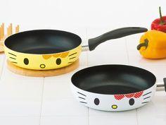 Adorable Hello Kitty Frying Pan #hellokitty #cookwear #hellokittycooking