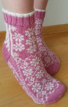 Ravelry: Summer Socks pattern by Aud Bergo