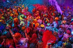 Colours - ColoresThe colours of Holi - Los colores de HoliPhoto: Poras Chaudhary/Stone/Getty Images