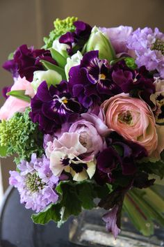 pansy,ranunculus,tulip and scabiosa