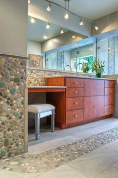 A river rock backsplash frames a brand-new custom vanity cabinet with makeup area in this luxurious, contemporary master bathroom. [from HGTV] Contemporary Bathrooms, Modern Bathroom, Small Bathroom, Bathroom Ideas, Houzz Bathroom, Luxury Bathrooms, Master Bathrooms, Minimalist Bathroom, Dream Bathrooms