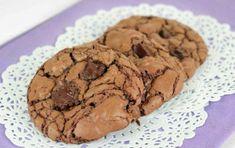 Cookies croquants double chocolat au Thermomix, recette de délicieux cookiesmoelleux et croustillants à l'extérieur facile, simple à faire pour le goûter des enfants.