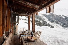 Зимний домик в Альпах