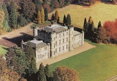 An 18th-century country castle on the outskirts of Edinburgh, with breakfast, late check-out and lunch or dinner