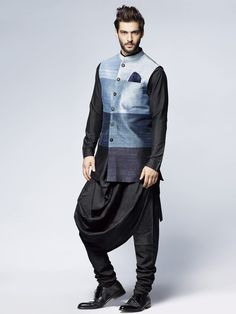 Breathtaking Wonderful Indian Men Fashion Ideas You Must Have Men's fashion style is identical to everyday clothes that are relaxed, comfortable, and not so complicated. Note that if your clothing style is far fr. Mens Indian Wear, Mens Ethnic Wear, Indian Groom Wear, Indian Men Fashion, Indian Man, Mens Fashion, Groom Fashion, Mens Sherwani, Wedding Sherwani