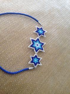 Bead Loom Bracelets, Beaded Bracelet Patterns, Beaded Rings, Beaded Jewelry, Beaded Banners, Brick Stitch Earrings, Beaded Crafts, Peyote Beading, Tear