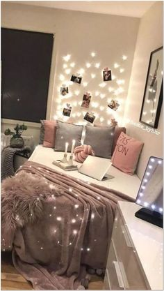 Dream Room For Women Find the most cozy modern and luxury d Teen Room Decor Ideas cozy Dream dreamroomsforwomen Find Luxury Modern Room women Room Ideas Bedroom, Small Room Bedroom, Bedroom Decor, Teen Room Decor, Small Bedrooms, Dream Rooms, Dream Bedroom, Couple Room, Luxury Rooms