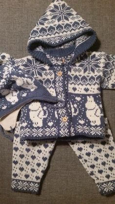 In love Baby Knitting Patterns, Knit Crochet, Embroidery, Hoodies, Sweaters, Diy, Fashion, Knitted Baby, Bebe