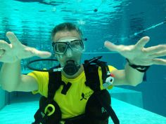 Yellow scuba diver t-shirt.