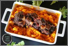 Beef :: Slow-cooked Oxtail in Red Wine & Tomatoes {Paleo, LCHF, GF}
