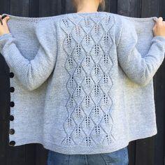 Ravelry: Falling Cardigan / Falling Leaves Cardigan pattern by Strikkelisa - knitting Sweater Knitting Patterns, Cardigan Pattern, Knitting Stitches, Knitting Designs, Knit Patterns, Knitting Tutorials, Stitch Patterns, Summer Knitting, Easy Knitting
