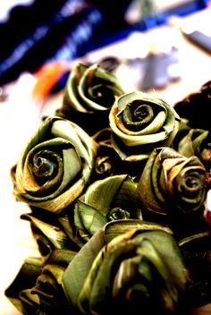 Harakeke woven flowers