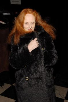 US VOGUE's Creative Director Grace Coddington will have a memoir out sometime in the near future penned by her friend at Vanity Fair (Micha. Grace Coddington, Vogue Uk, Anna Wintour, Style And Grace, Amazing Grace, Vanity Fair, Industrial Style, Style Icons, Stylists