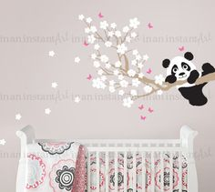 {CA. MATEN}  Branch is 40 breed x 15-inch hoog Panda is 15-inch breed Bloesems zijn 1,5-3  Wat is inbegrepen: ~ Tak ~ 50 blossoms ~ Panda ~ 10 vlinders  {KLEUREN KIEZEN}  Gelieve het Kleurenoverzicht in de aanbieding te bekijken, gebruik de pijlen in de bovenstaande afbeelding om de schuifbalk of klik op de afbeelding onder de afbeelding.  Bij het afrekenen, ziet u een nota aan In een oogwenk kunst vak waar u in uw kleur keuzes uit de grafiek typen kunt.  Als u geen kleur keuzes niet zetten…