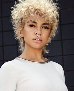 The haircut to watch out for in 2020 Short Curly Hair Haircut Watch Curly Hair Styles, Short Curly Hair, Natural Hair Styles, Girl Short Hair, Hairstyles With Bangs, Cool Hairstyles, Curly Haircuts, Casual Hairstyles, Hair Inspo