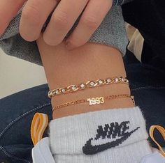 Tomorrow at GMT we will be releasing our Chunky chain bracelets and anklets 🧊 price: 💧all waterproof and tarnish free! Ankle Jewelry, Ankle Bracelets, Cute Jewelry, Jewelry Accessories, Chain Bracelets, Neue Outfits, Accesorios Casual, Luxury Jewelry, Anklets