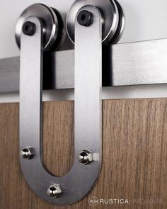 Horseshoe Barn Door hardware