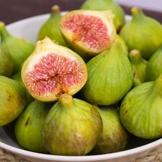3 quick and easy ways to eat delicious figs