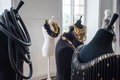 """Marie-Paule Thuaud Exposition """"Extravagances"""" - Pôle Expérimental des Métiers d'Art - Château de Nontron photo Jean-Yves Le Dorlot"""