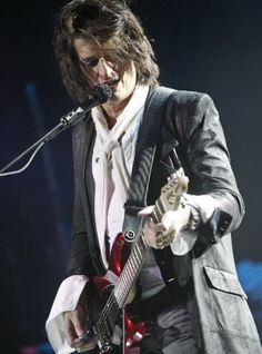 Joe Perry, again...