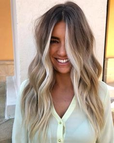 Are you going to balayage hair for the first time and know nothing about this technique? We've gathered everything you need to know about balayage, check! Hair Day, My Hair, Frontal Hairstyles, Ombre Hair Color, Ash Ombre, Blonde Color, Beach Hair Color, Lace Hair, Pretty Hairstyles