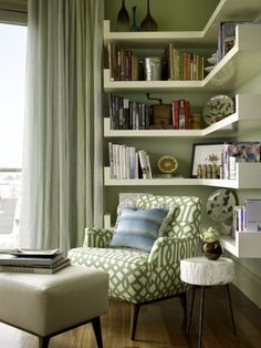 30 Clever Ideas Small Corner Shelves for Living Room Design. This time, I'm gonna show you some clever ideas of small corner shelves for living room design, because small corner […] Living Room Interior, Home Living Room, Living Room Decor, Apartment Living, Small Room Design, Family Room Design, Small Living Rooms, Living Room Designs, Modern Living