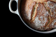 Foto: Olav Birkeland No Knead Bread, Dutch Oven, Food And Drink, Sweets, Baking, Recipes, Iron Pan, Gummi Candy, Dutch Ovens
