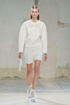 Hexa By Kuho at Paris Fashion Week Spring 2014 - StyleBistro