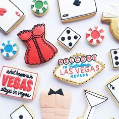 Loving these Vegas themed bachelorette cookies!  @janaleesbakeshop #cookiecutterkingdom