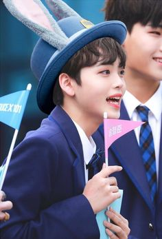 produce x 101 SONGHYUNGJUN Swing, Im Proud Of You, Love U Forever, Korean Boy Bands, Boys Over Flowers, My Little Baby, Starship Entertainment, 3 In One, Debut Album
