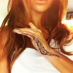 I would do this with henna unstead of a permanent tattoo. #polynesian #tattoo