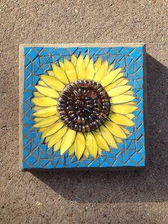 Sunflower by Elsieland Mosaics Paper Mosaic, Mosaic Tile Art, Mosaic Artwork, Mosaic Diy, Mosaic Crafts, Mosaic Ideas, Mosaic Rocks, Pebble Mosaic, Stone Mosaic