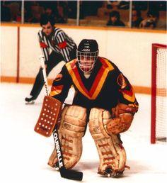 Ice Hockey Teams, Hockey Goalie, Hockey Games, Hockey Players, Hockey Stuff, Canadian Football League, National Hockey League, Nhl, Canada Hockey