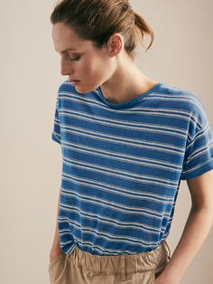 STRIPE LINEN TEE | Slubby, lightweight, striped linen. Easy, boxy cut. Round neckline. Dropped shoulders. Split hem.