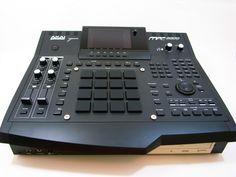 Akai MPC 4000 New Hip Hop Beats Uploaded EVERY SINGLE DAY http://www.kidDyno.com