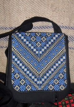 Embroidery Bags, Embroidery Designs, Cross Stitching, Cross Stitch Embroidery, Palestinian Embroidery, Laptop Bag, Purses And Bags, Weaving, Shoulder Bag